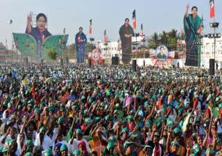 Referred to as Amma, Puratchi Thalaivi the revolutionary leader and many other names Jayalalithaa considered green as her lucky colour. There have been many incidents when 'Amma's' followers fell in her feet with folded hands to prove their allegiance. It was their love that made them beat their chests and say loud prayers outside the hospital for two days, hoping for her return. Sadly, their Amma didn't!