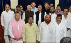 UP Govenor Ram Naik and CM Akhilesh Yadav with the newly- India Tv
