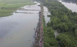 Thousands more Rohingya Muslims cross border into Bangladesh