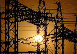 Discoms ordered to pay up to Rs 100 per hour for