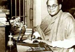 Subhas Chandra Bose didn't die in air crash, was alive in