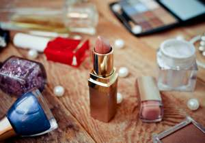 There's a secret expiration date on your makeup- India Tv