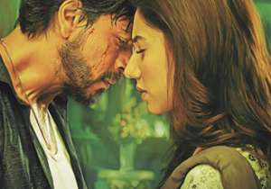Shah Rukh returns with a bang in 'Raees', Nawazuddin shines yet again