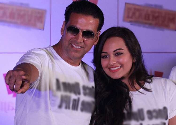 Akshay Kumar Is All Praises For Sonakshi Sinha Send A Motivational Message For Akira