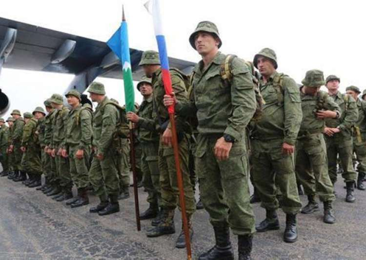 Russian troops after they arrived in Rawalpindi on Friday- India Tv