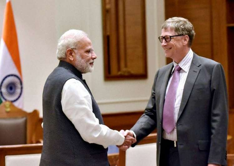 Bill Gates with PM Modi- India Tv