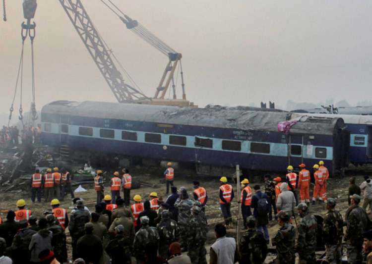 Kanpur train accident toll mounts to 149- India Tv