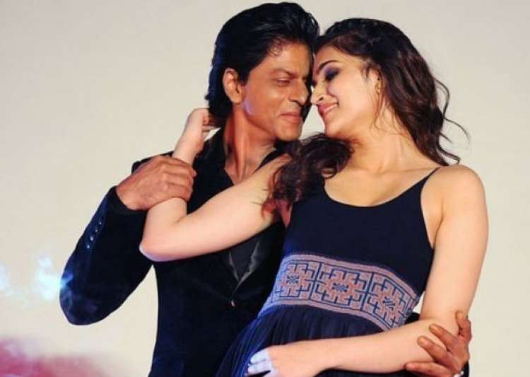 SRK and Kriti Twitter conversation- India Tv