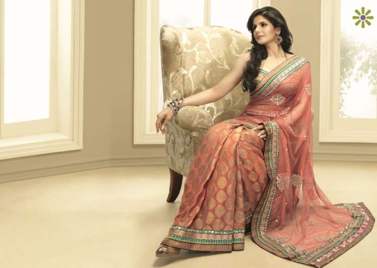 5 tips to wear your favourite sari yet stay warm in winters- India Tv