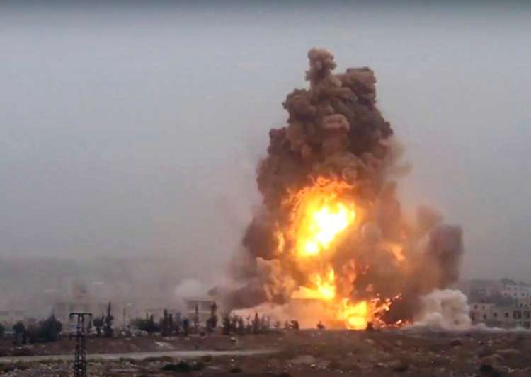 Bombs strike rebel-held Aleppo and northern Syria, 54 dead - India Tv