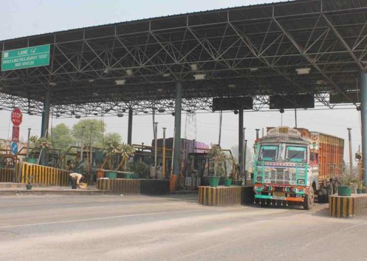 Representation pic - Govt extends exemption on toll charges- India Tv