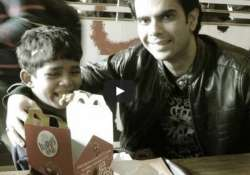5 year old kid goes to mcdonald s for the first time his- India Tv