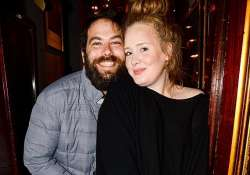adele declines split rumours