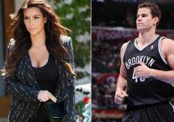kris humphries misses mandatory hearing in divorce case