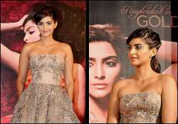 sonam kapoor unveils l or al paris make up line see pics
