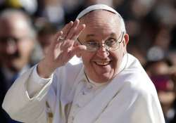pope condemns islamic state violence