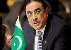 pak president zardari ready for any situation stays on in