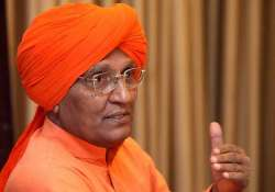 swami agnivesh supports modi s offer to help pok