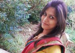 mumbai girl fights back her molester drags him to police