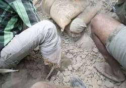 nepaldevastated 51 dead in india over 2500 in nepal