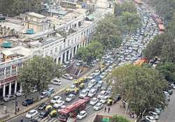 delhi police imposes traffic restrictions to tackle new