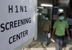 man dies of swine flu first h1n1 death in delhi