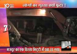 kanpur worker dies another rescued as manhole soil caved in