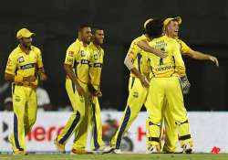 super kings reach ipl final beat daredevils by 86 runs