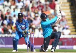 ind vs eng indian bowlers pack england for 206 in 4th odi