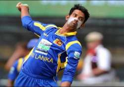 senanayake and williamson cleared to resume bowling