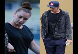 phillip hughes sister lent her shoulder to the traumatised