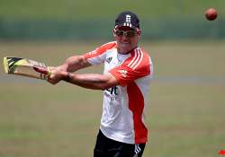 strauss says england desperate to win 2nd test