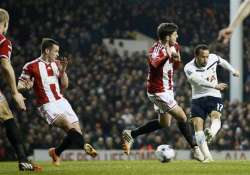 spurs beat sheff united 1 0 in 1st leg of league cup semis