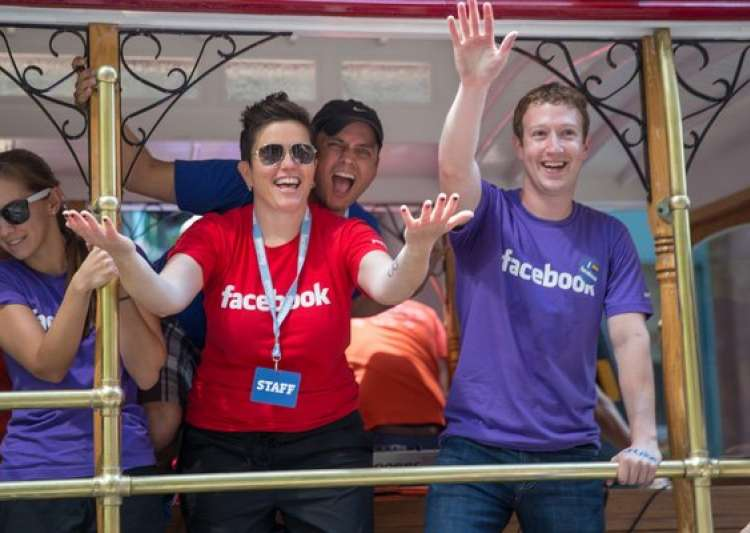 10 unknown facts about facebook ceo mark zuckerberg- India Tv