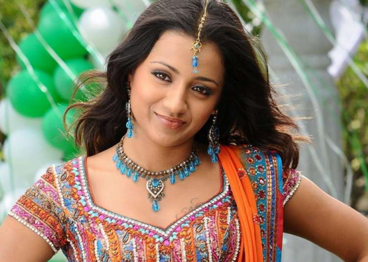 popular searches on mobile revealed trisha beats the khans- India Tv