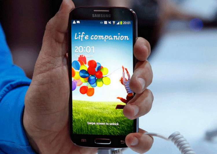 samsung galaxy s4 set to hit indian markets on april 25- India Tv