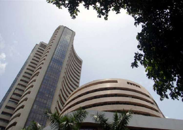 sensex declines 110 points on profit booking- India Tv