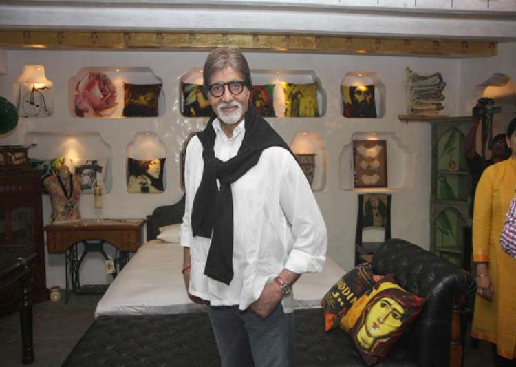 amitabh bachchan happy with growing extended family- India Tv