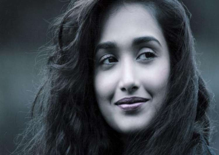latest updates about jiah khan s suicide police questioning- India Tv