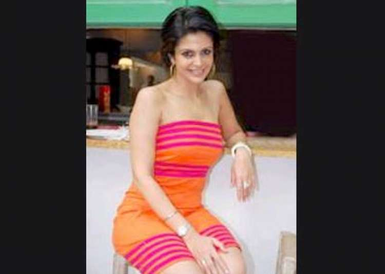 mandira is flavour of the month in britain- India Tv
