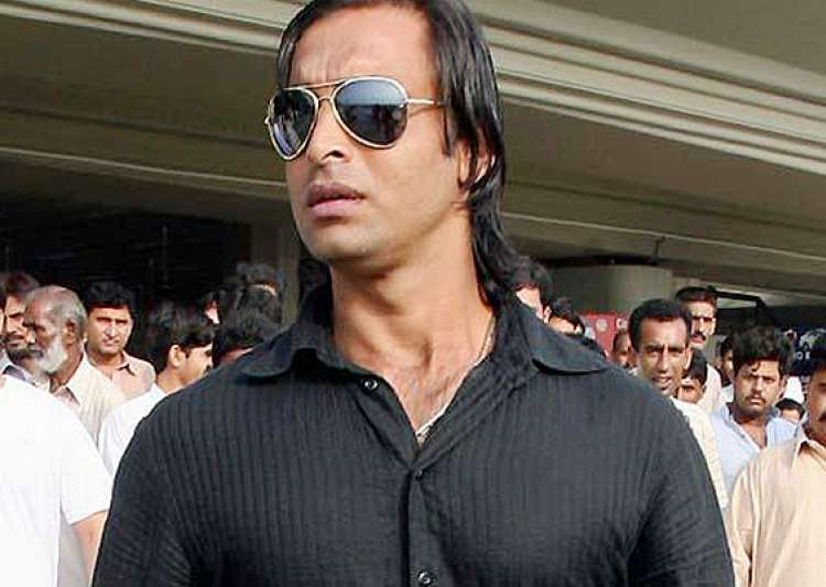 Shoaib akhtar to judge indian talent on tv show india tv
