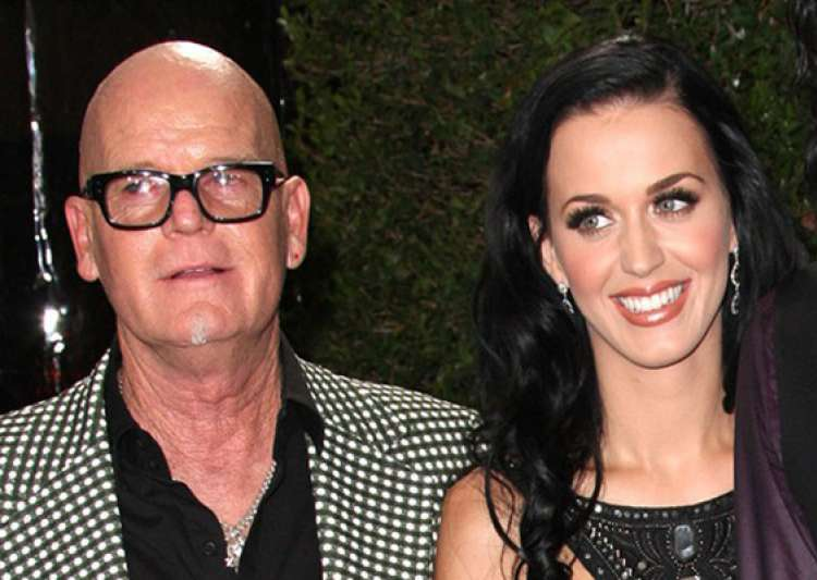 katy perry s father apologizes for remarks about jews- India Tv