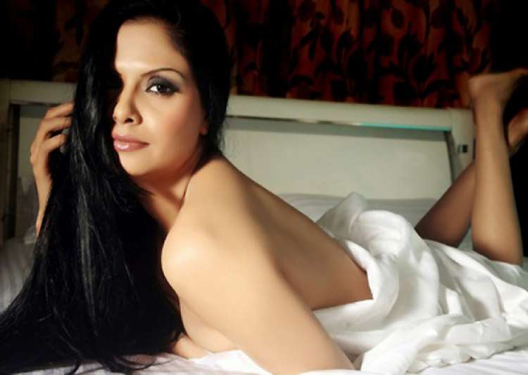 gulshan sharma s nude photoshoot- India Tv