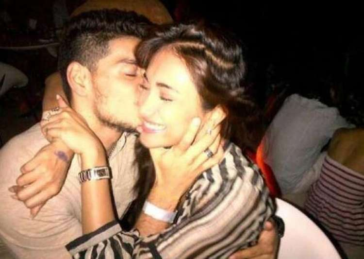 picture of suraj pancholi kissing jiah khan leaked view pics- India Tv