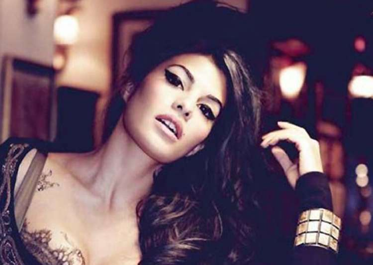 jacqueline fernandez the face of india bridal fashion week- India Tv