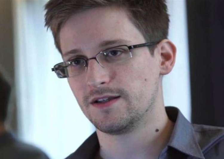 know more about edward snowden controversy- India Tv