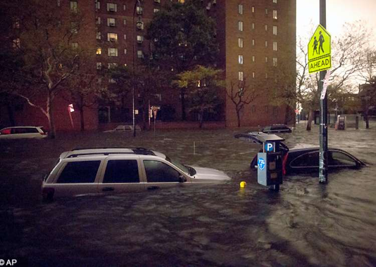 50 dead as frankenstorm sandy leaves trail of destruction- India Tv