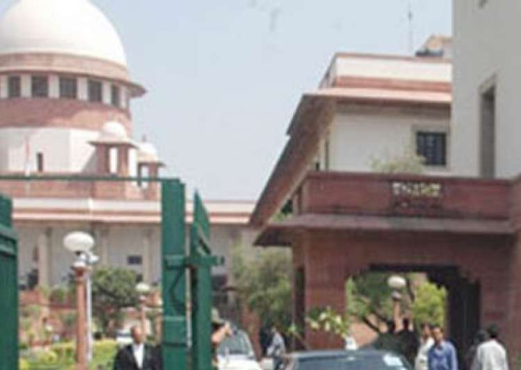 sc slams govt for equating housewives with prostitutes/beggars- India Tv
