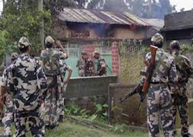curfew in kokrajhar pm talks to assam cm gogoi- India Tv