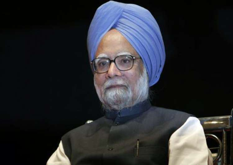 after 9 years in office manmohan singh s govt faces a- India Tv